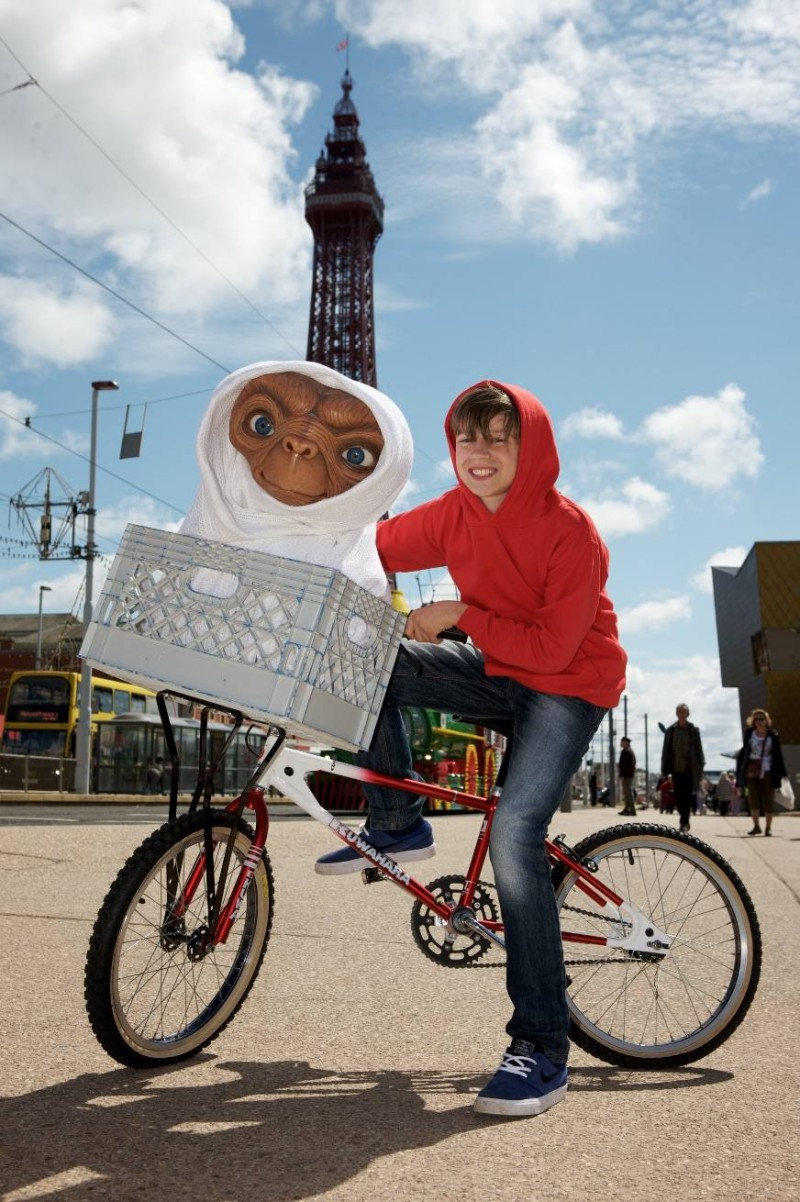 E.T. and Oliver in front of the Blackpool Tower
