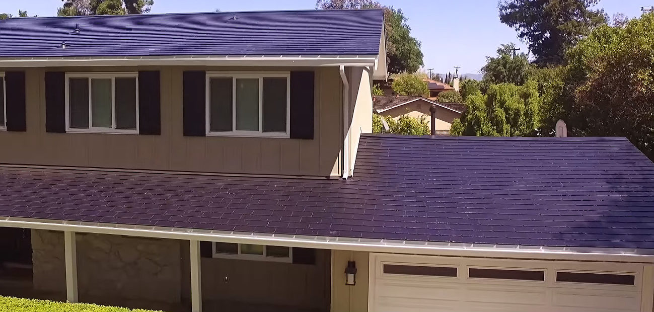 Tesla Drops Price of Solar Power Systems