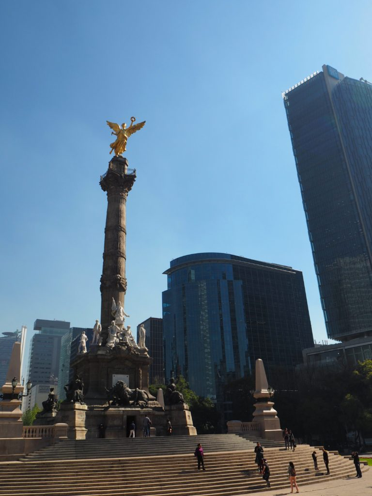 Ángel de la Independencia in Mexico City - Modern Stripes