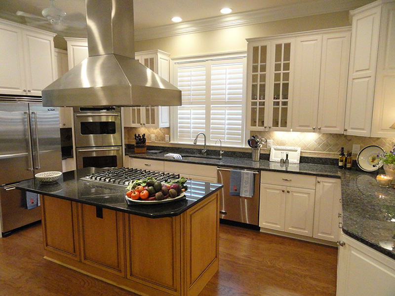 Custom Kitchen With Granite Counter Tops