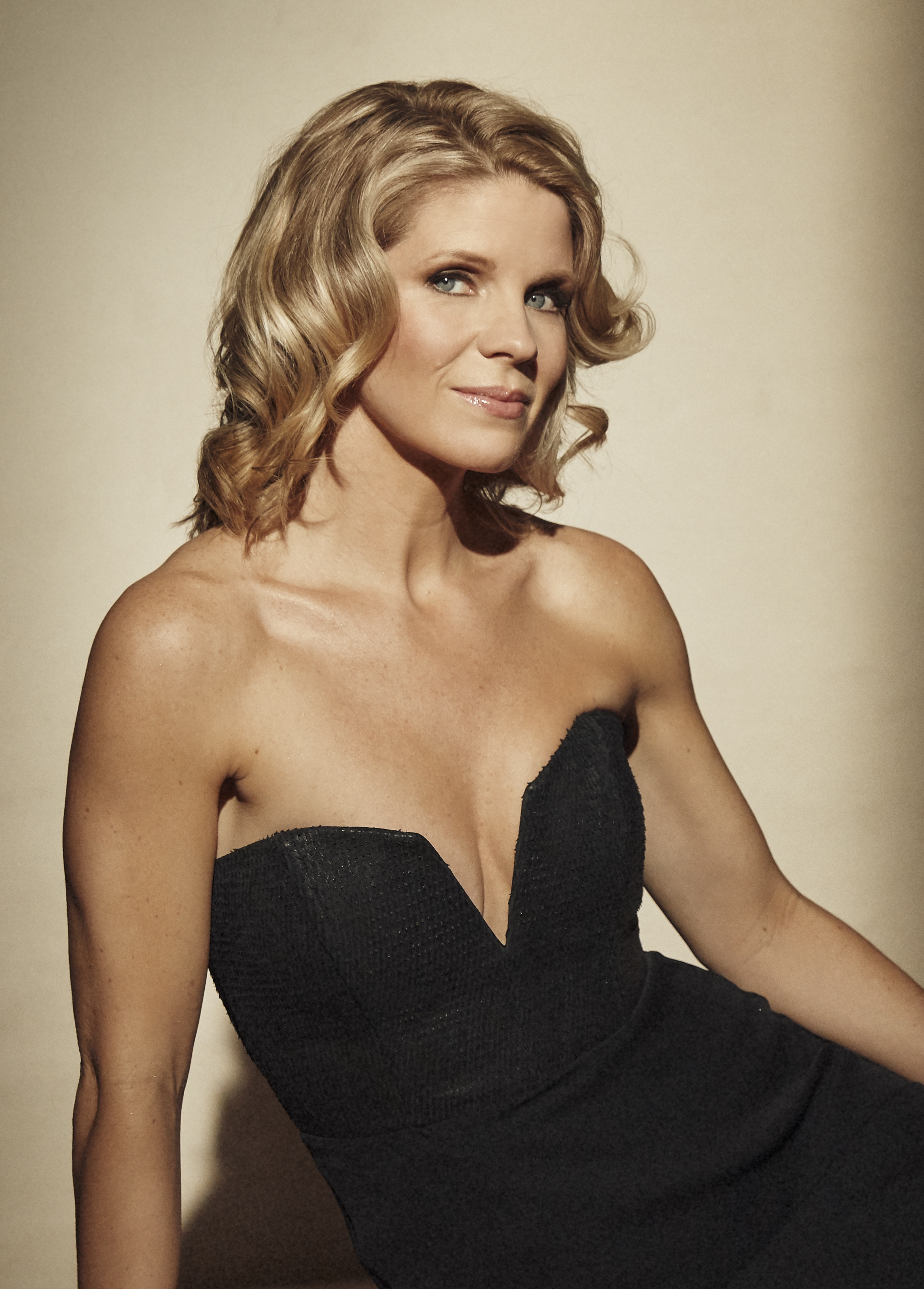 Kelli O'Hara 2018 Tony's_low cut