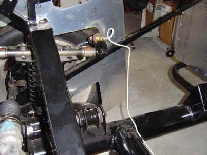 2004.06.d.brakesRtFront