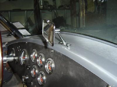 2005.08.c.rearmirror