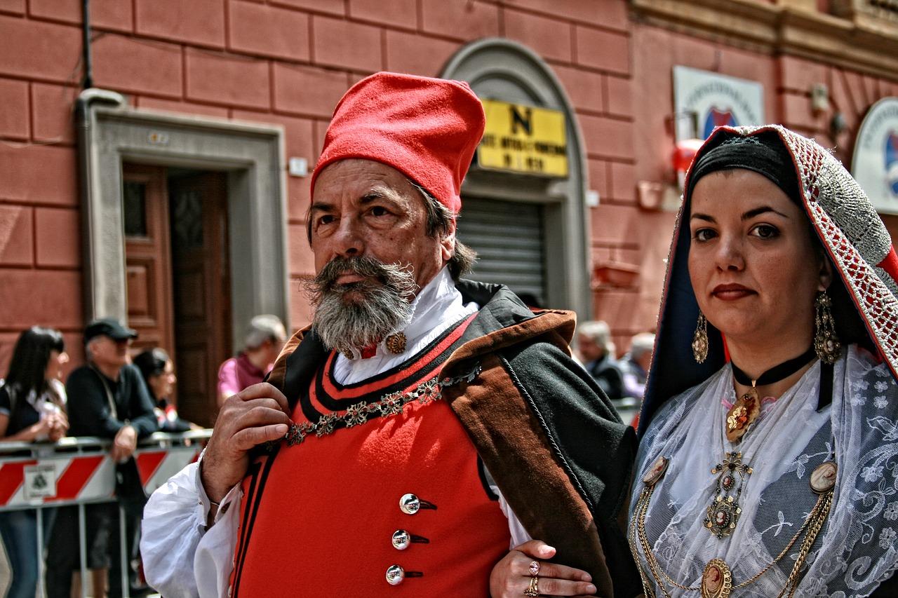 Traditional Sardinian Garb (img from Pixabay)