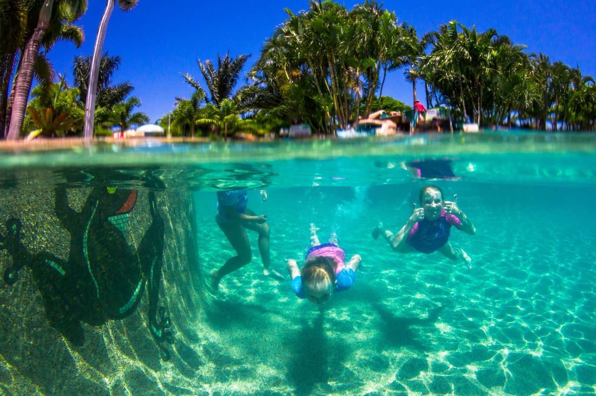 Enjoy family resort vacation in WhitSunday
