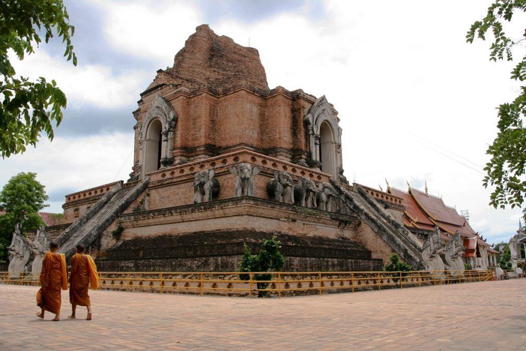 main_temple_chang_mai_thailand