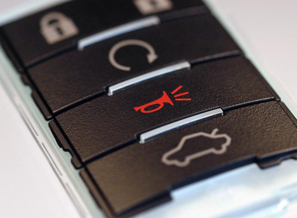 Automotive RKE Unit Metallized Key Separator