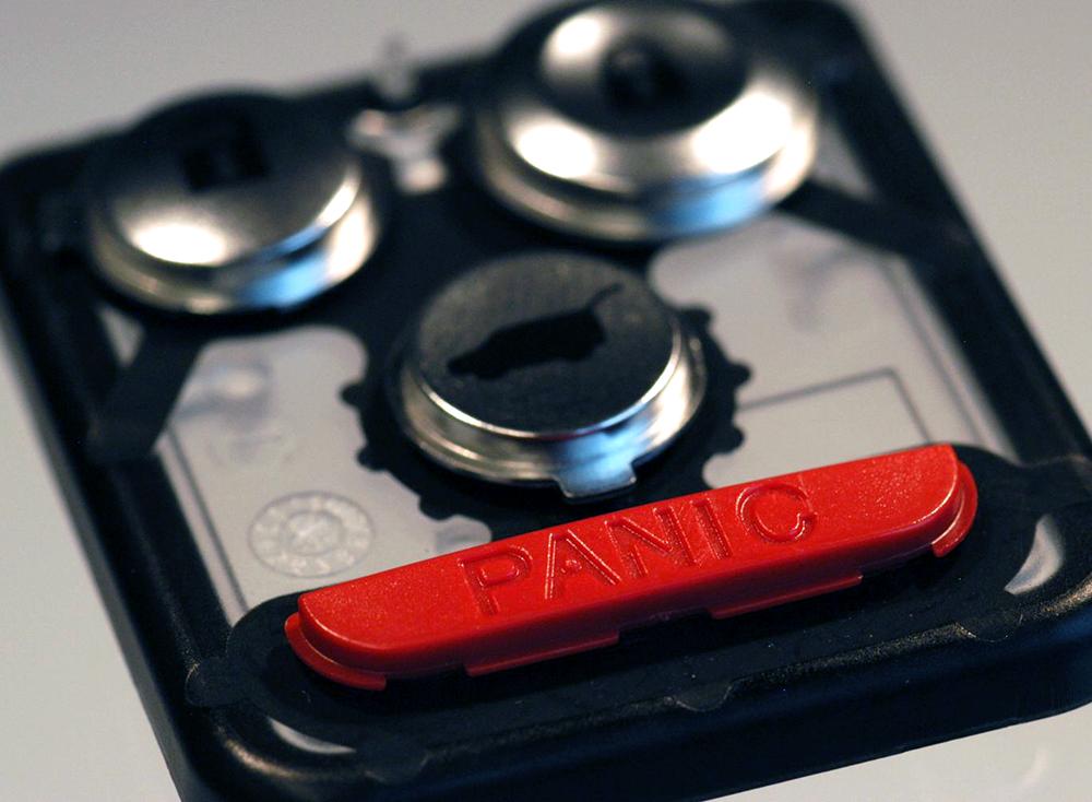 Automotive RKE Unit PCD Metallized Buttons