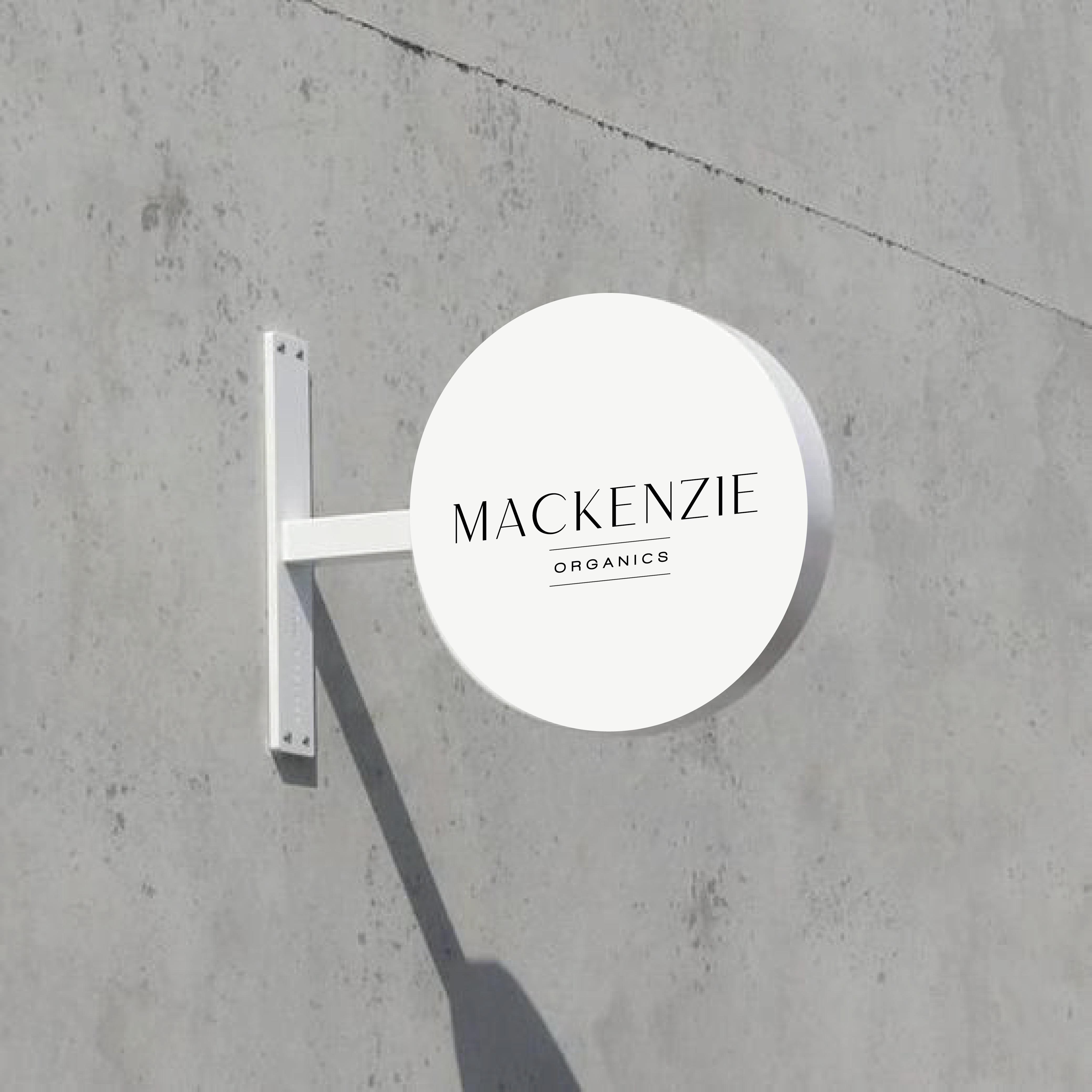 Mackenziefarms_sign