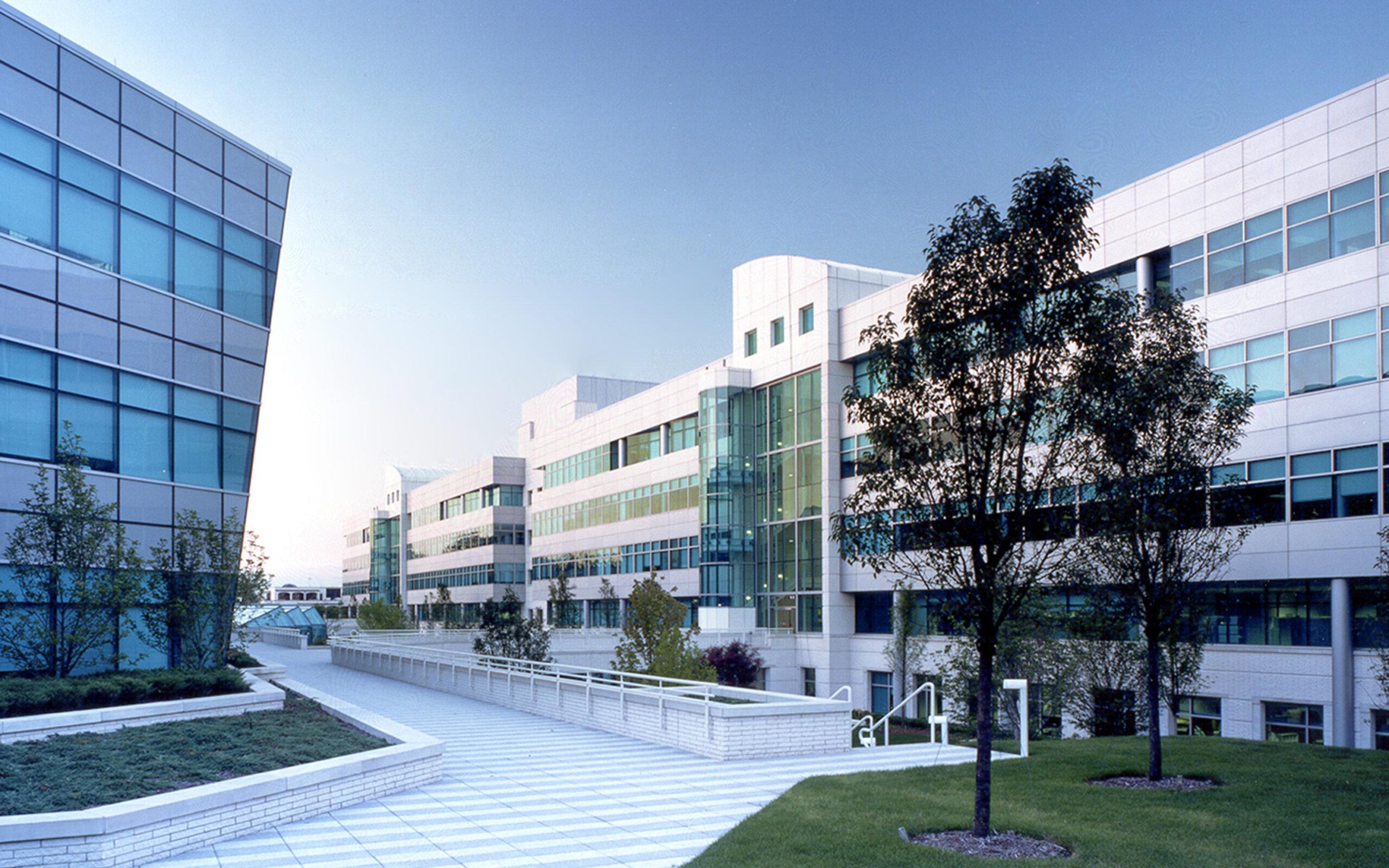 1_Campus1-Gardens1_