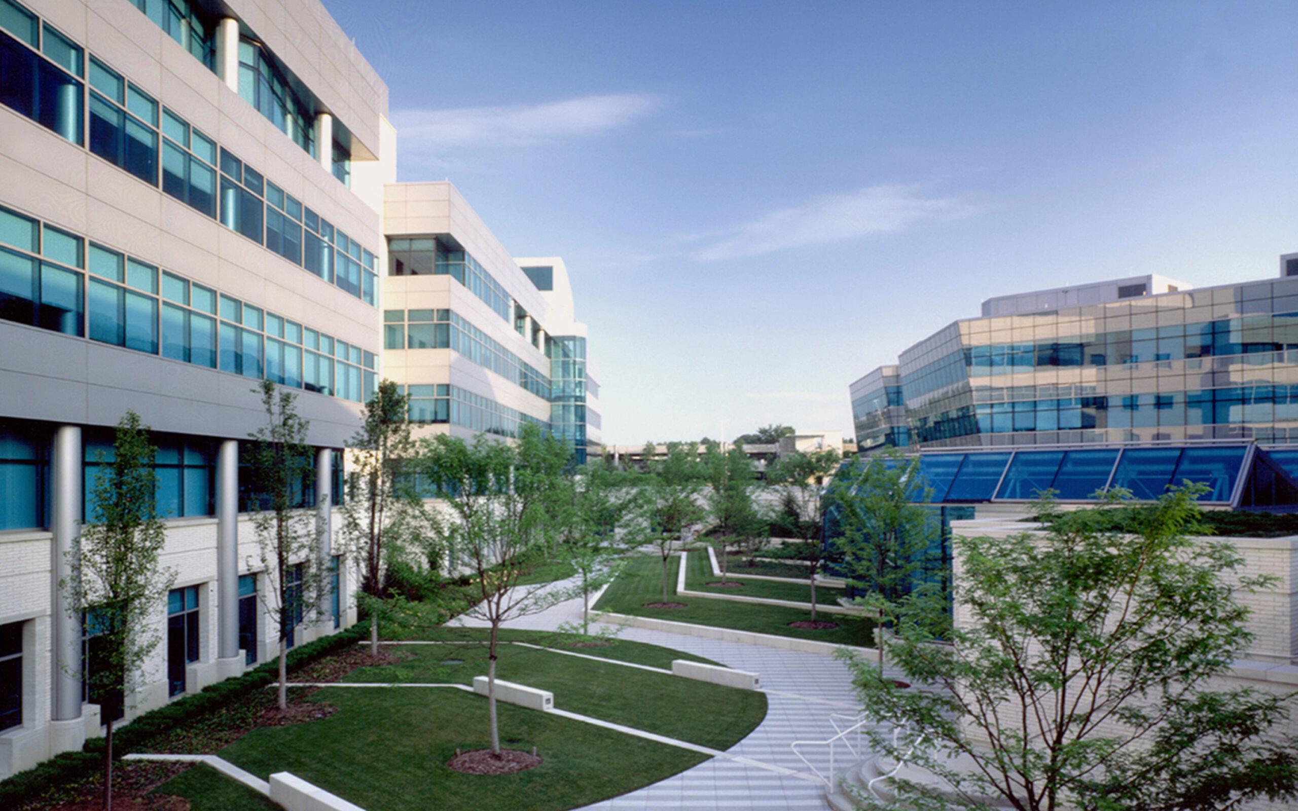 2_Campus1-Gardens2_