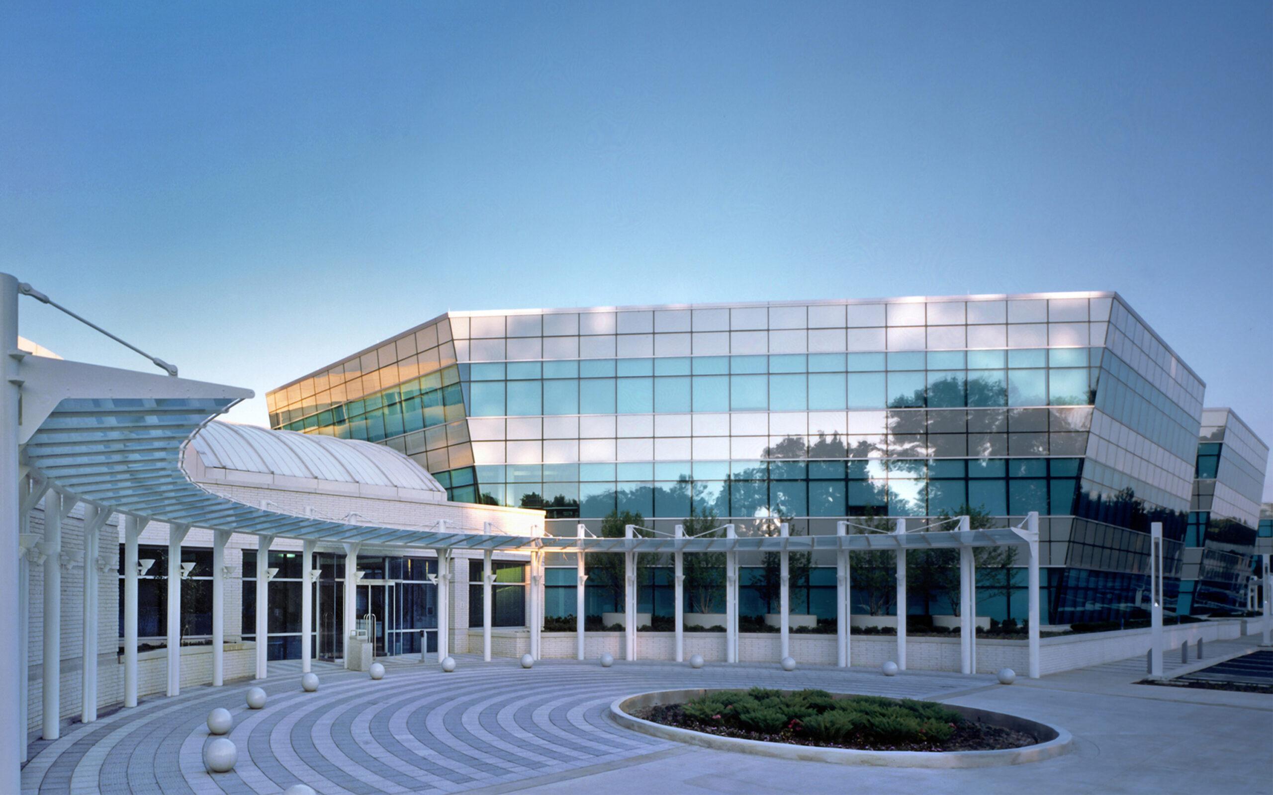 3_Campus1-Entry_