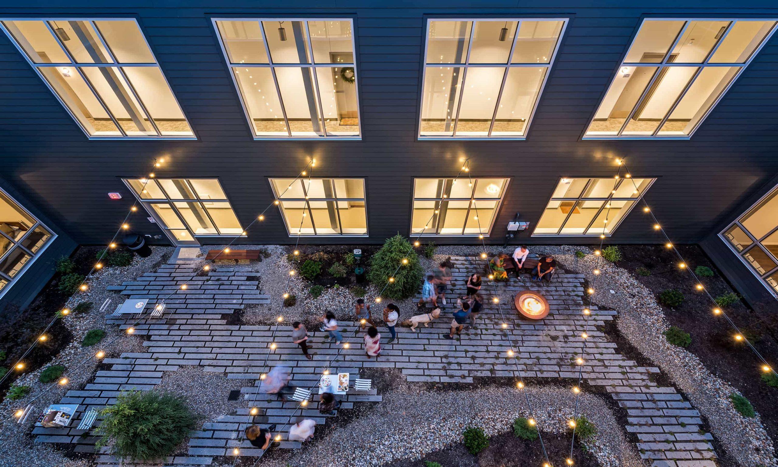 6_Courtyard