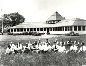 The Holmdel Labs in 1933