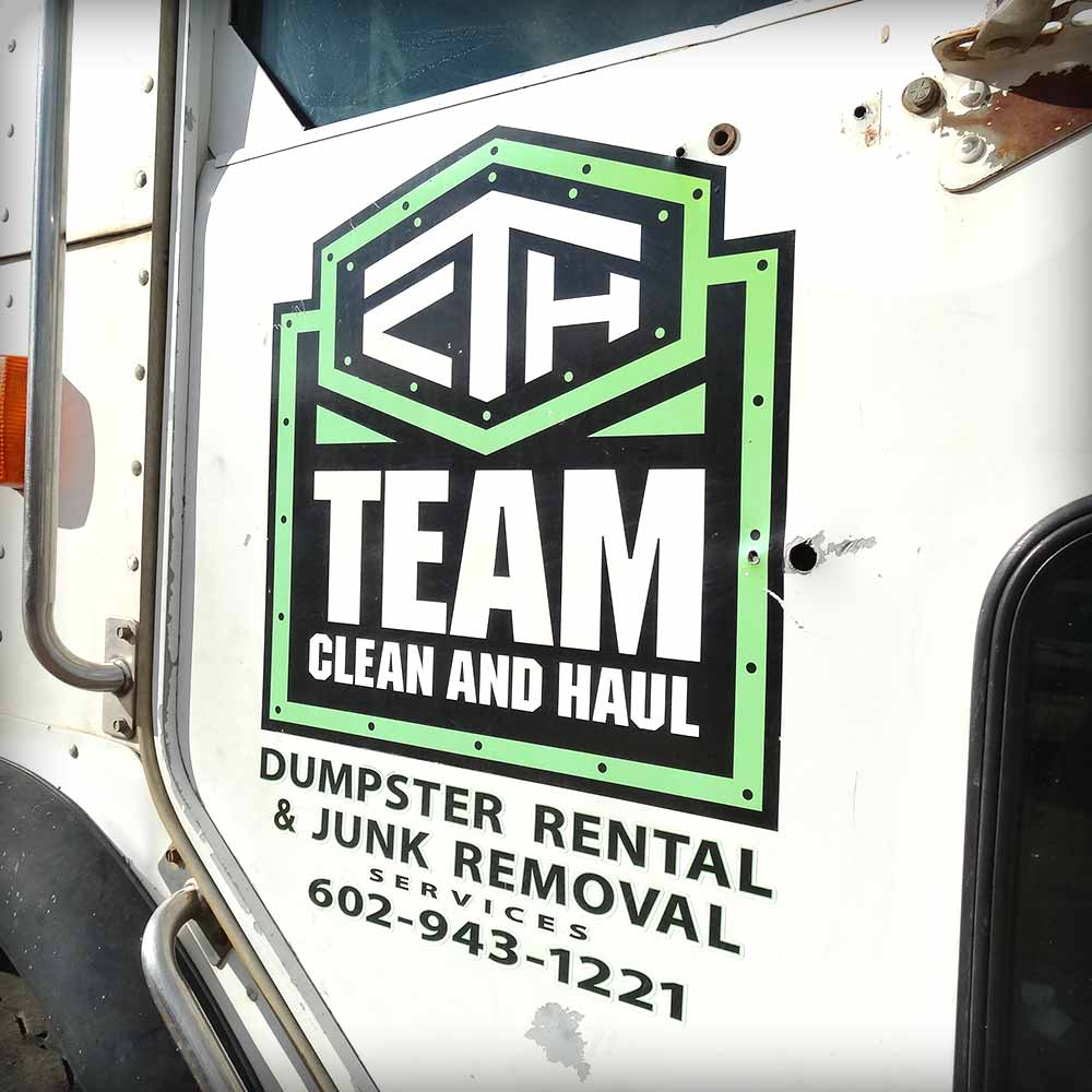 team clean and haul branding - image 03