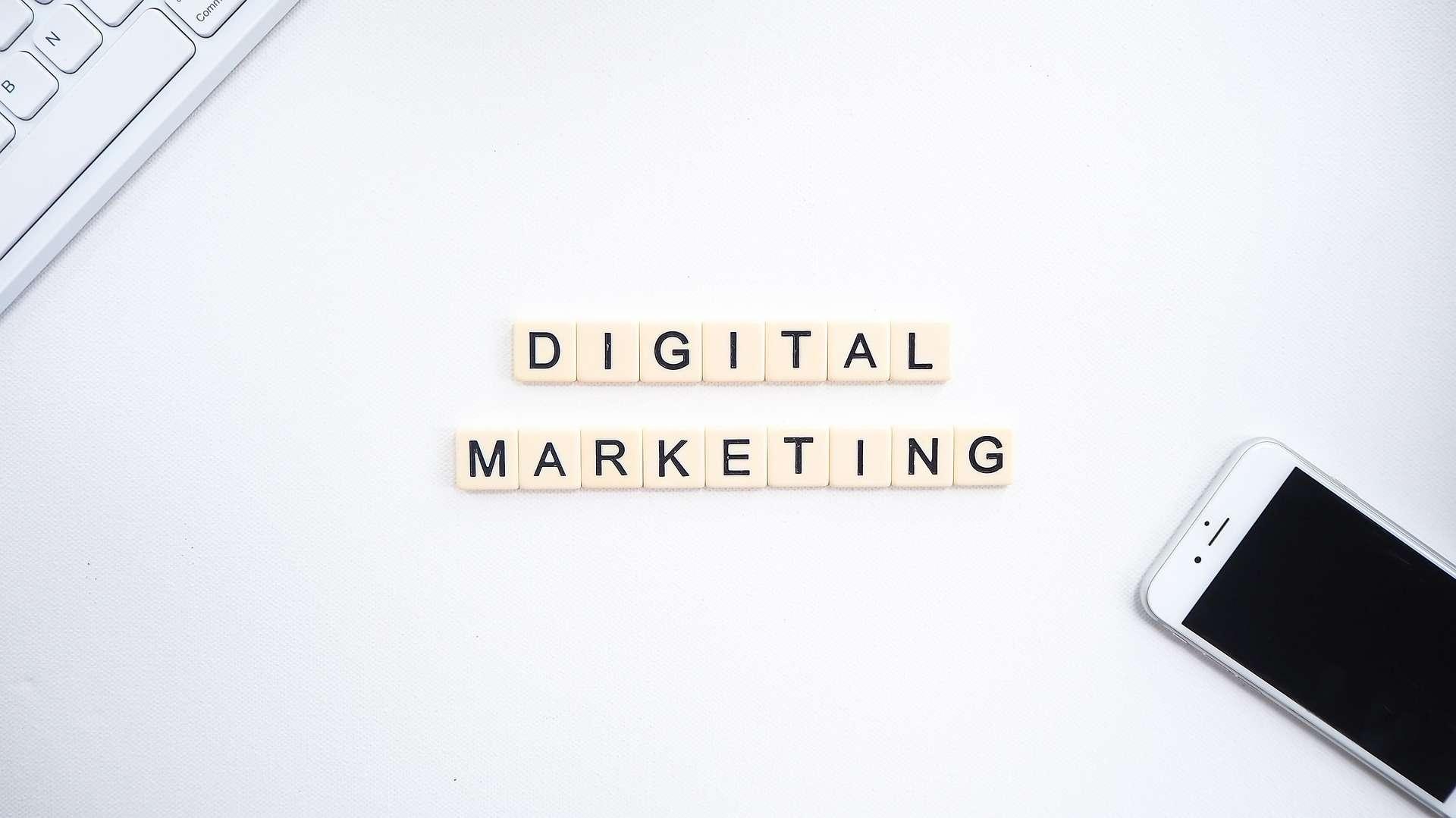 digital marketing written on table