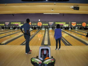 ILI students bowling