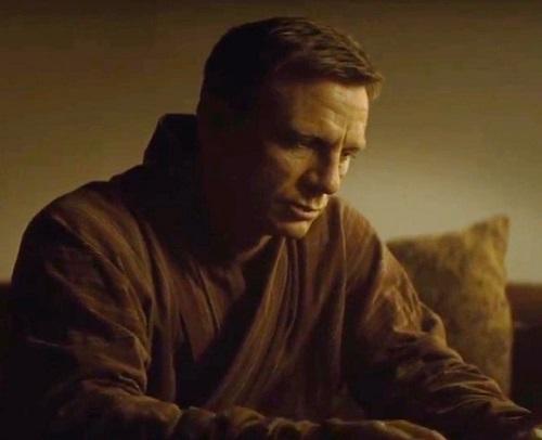 Daniel Craig James Bond SPECTRE Robe