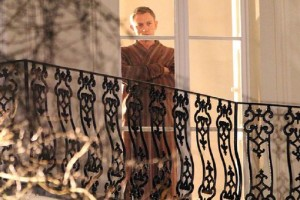 James Bond SPECTRE Robe