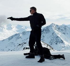who made James Bond spectre sunglasses