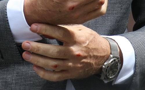 James Bond No Time To Die watch milanese bracelet