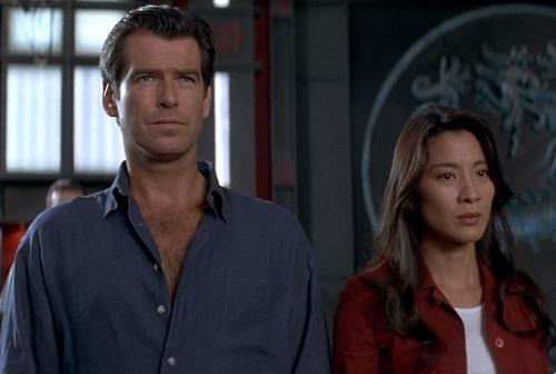 Pierce Brosnan James Bond Tomorrow Never Dies blue linen shirt