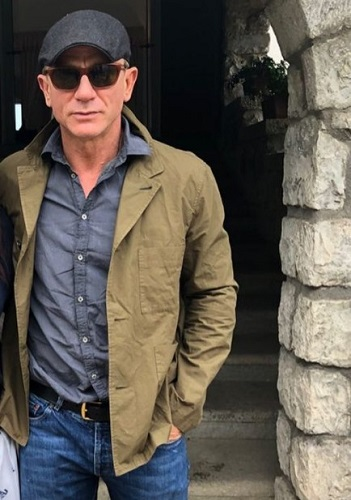 Daniel Craig Paul Smith Chore Blazer