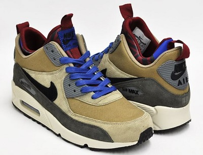 Daniel Craig style Nikes
