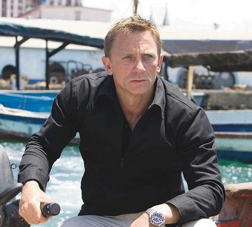Daniel Craig James Bond Quantum of Solace Haiti look