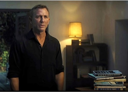 Father's Day Gift Guide for the Bond Fan Books