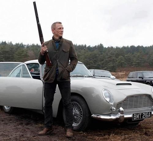 Daniel Craig James Bond Skyfall Scotland Look