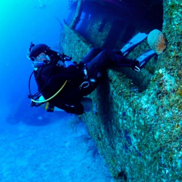 SCUBA Network wreck diving