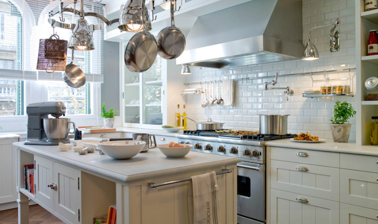 Suzie: deulonder.com  Stunning kitchen with charcoal gray walls paint color, creamy white ...