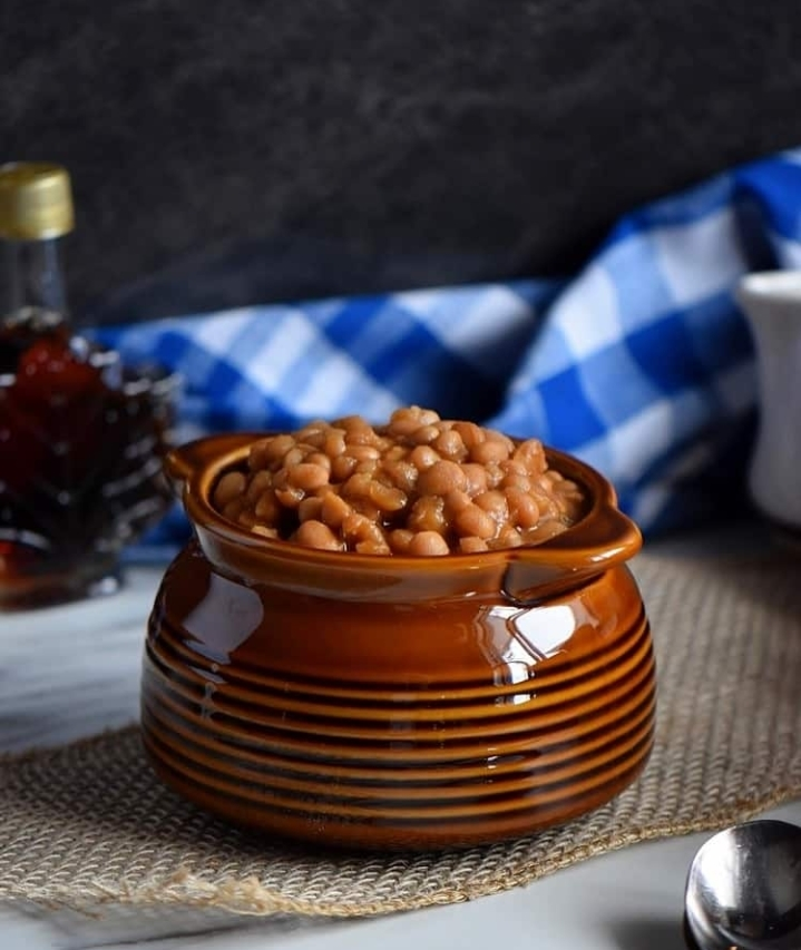Homemade Quebec Maple Baked Beans: A BBQ Side Dish