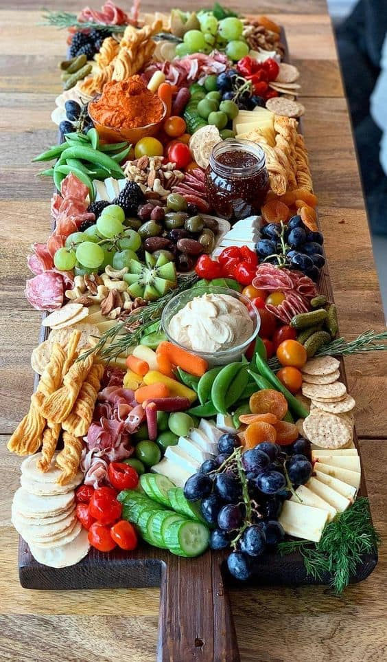 HOW TO MAKE A GRAZING BOARD