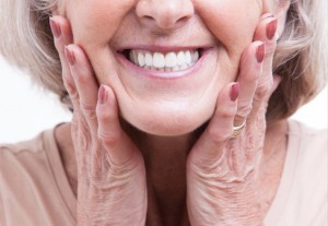 There a few simple ways to maintain excellent oral health as you age.
