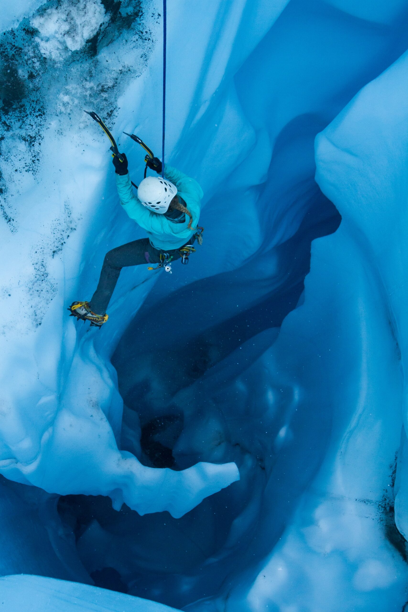 Ice Climbing Moulins