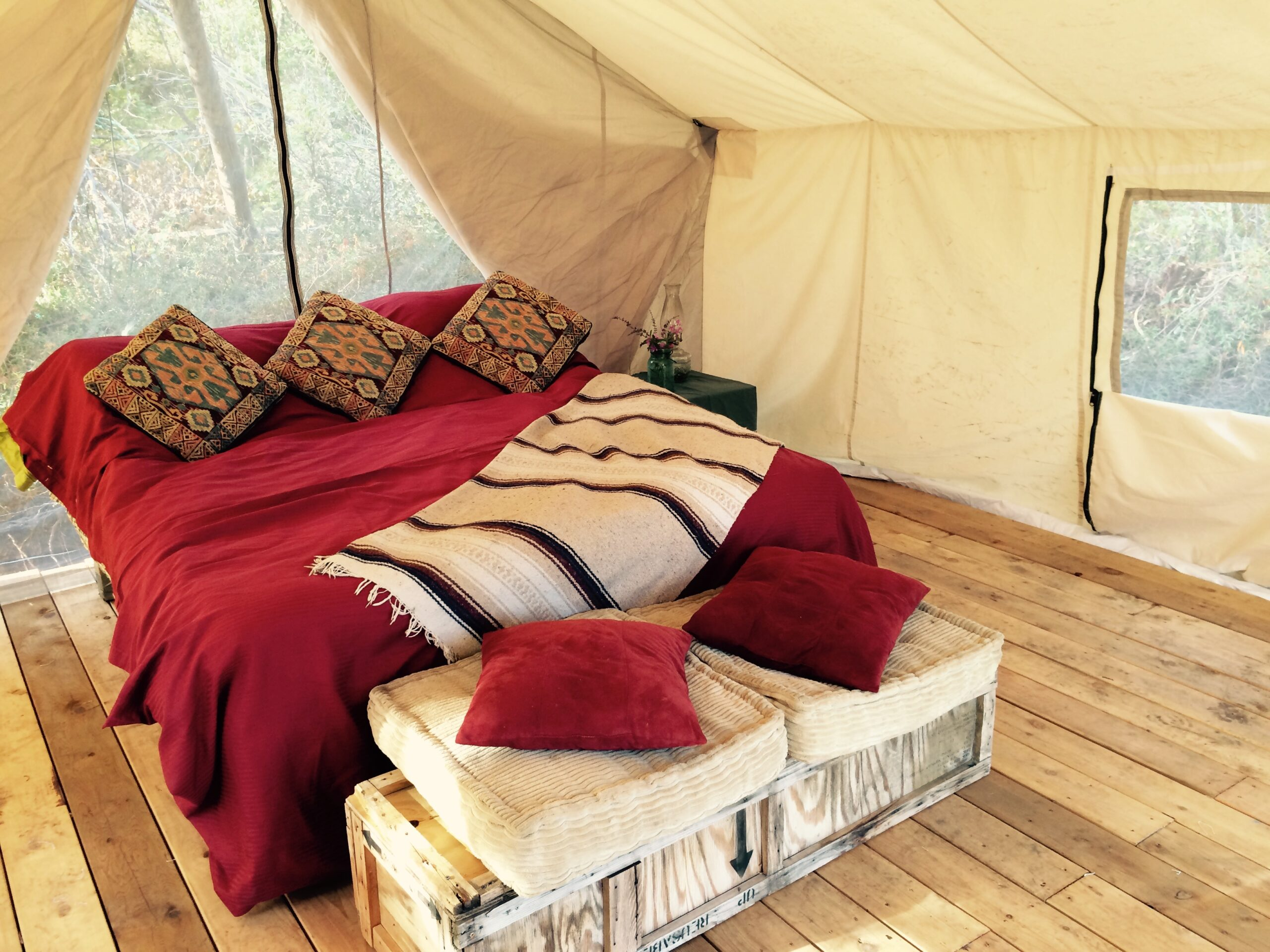 luxury bed glamping