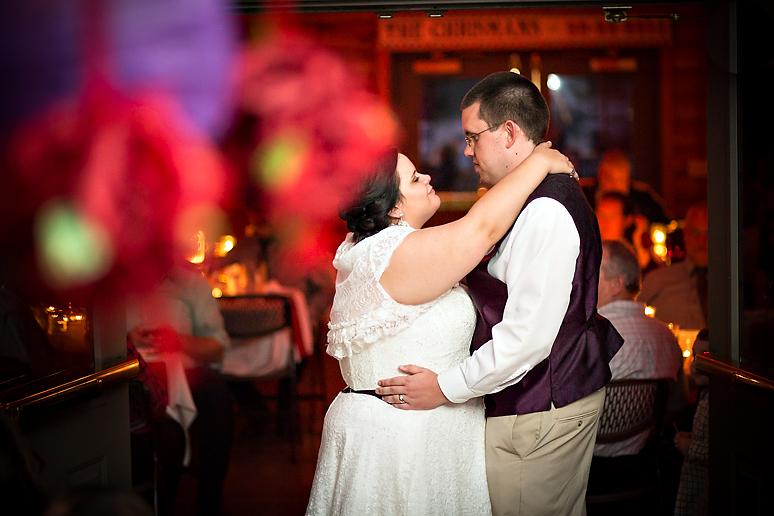 Davis Lodge Hudson IL Wedding Photos