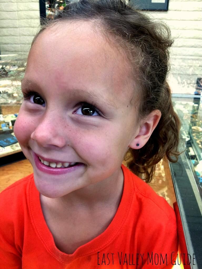 Mall Piercing Gun vs Piercing Studio - Our Ear Piercing Experience