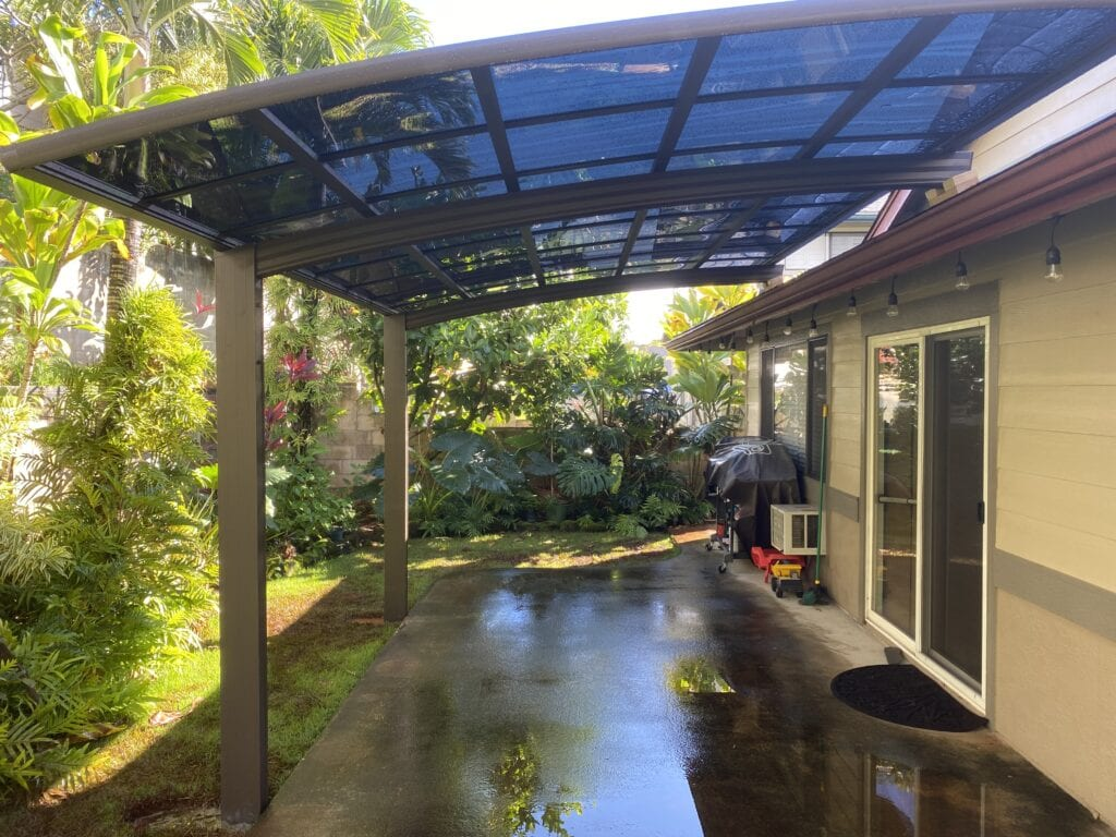 CarportsHawaii™ single aluminum carport