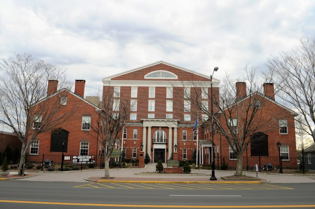 inn, middletown, connecticut, lodging, history, inn at middletown, central connecticut