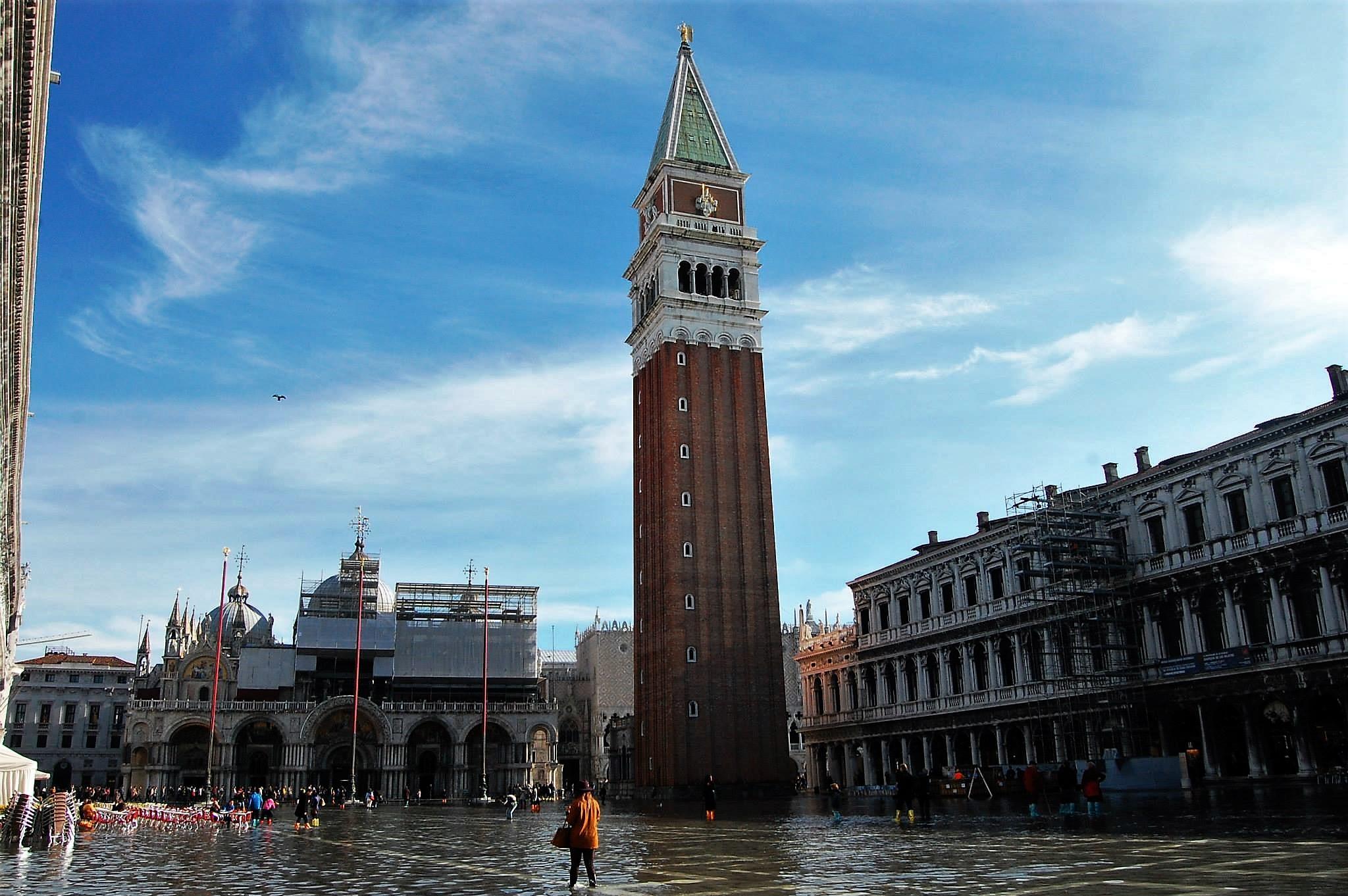 acqua alta, venice, italy, piazza san marco, flood, sinking