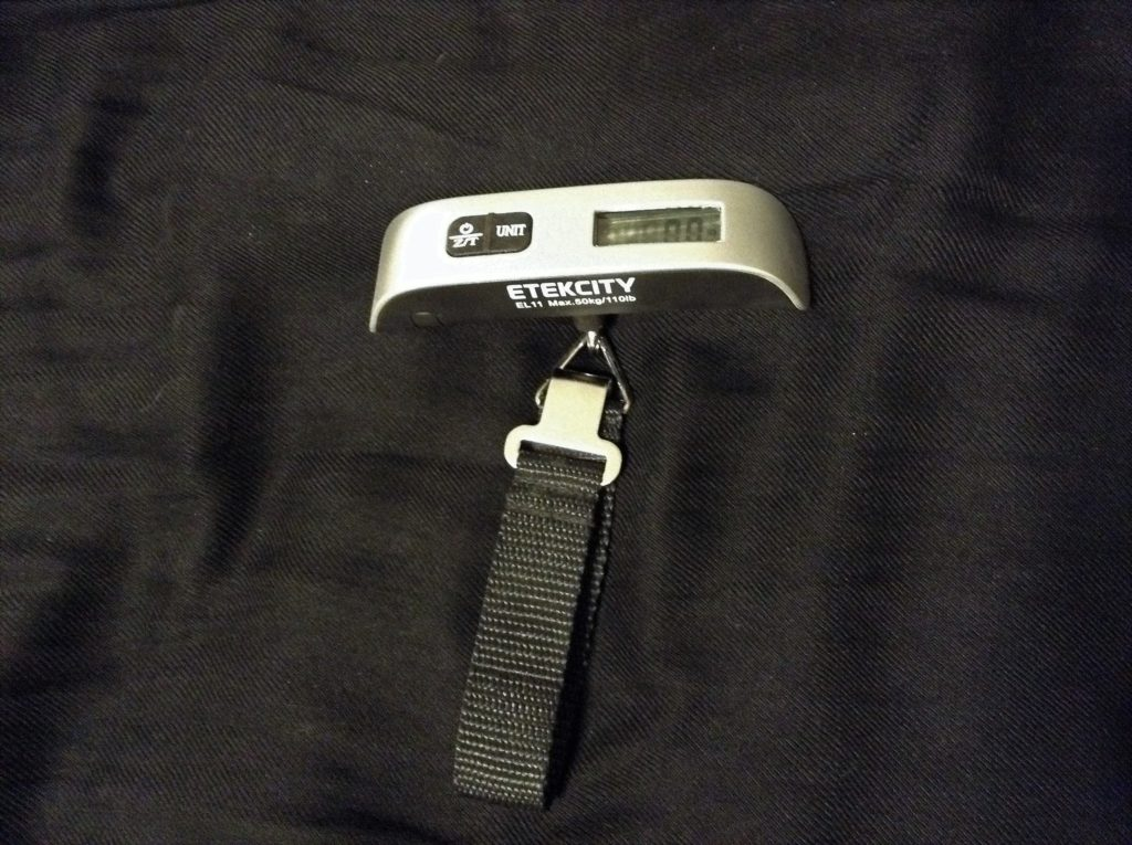 travel scale; luggage scale; travel essentials