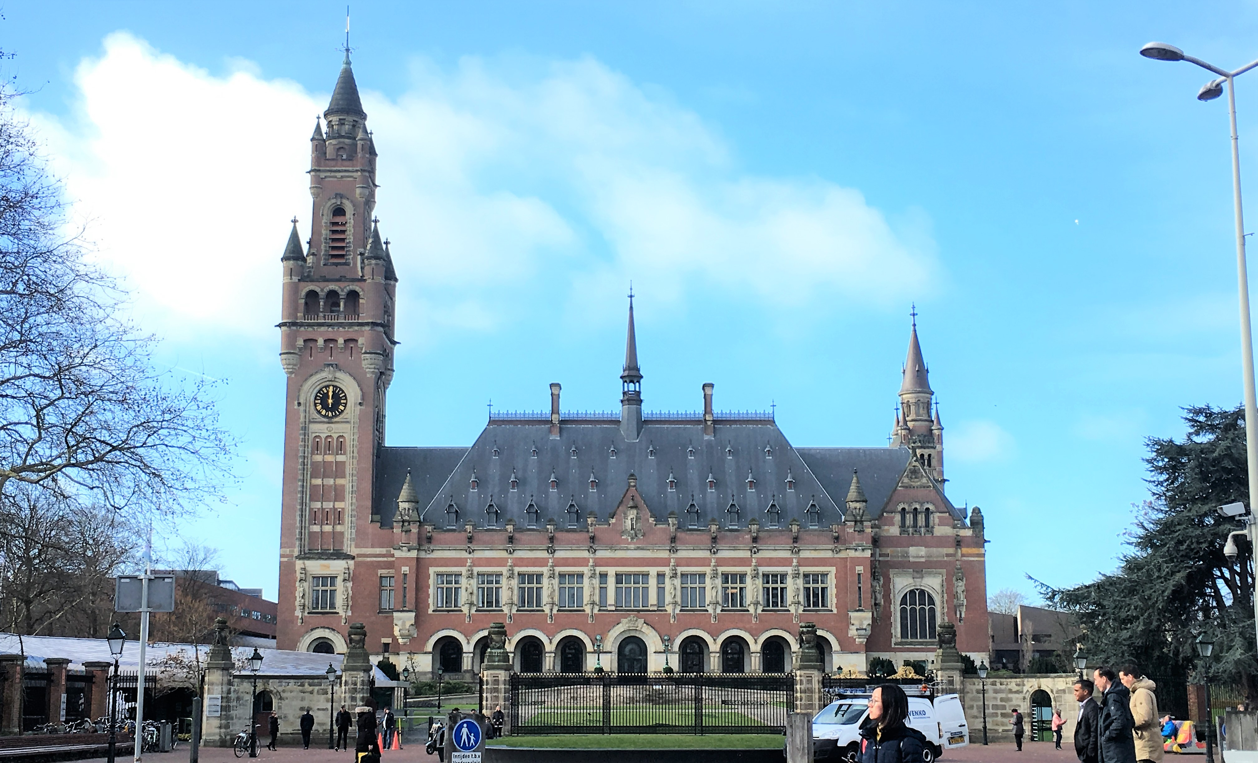 spend a day in the hague; den haag; the hague; netherlands; peace palace