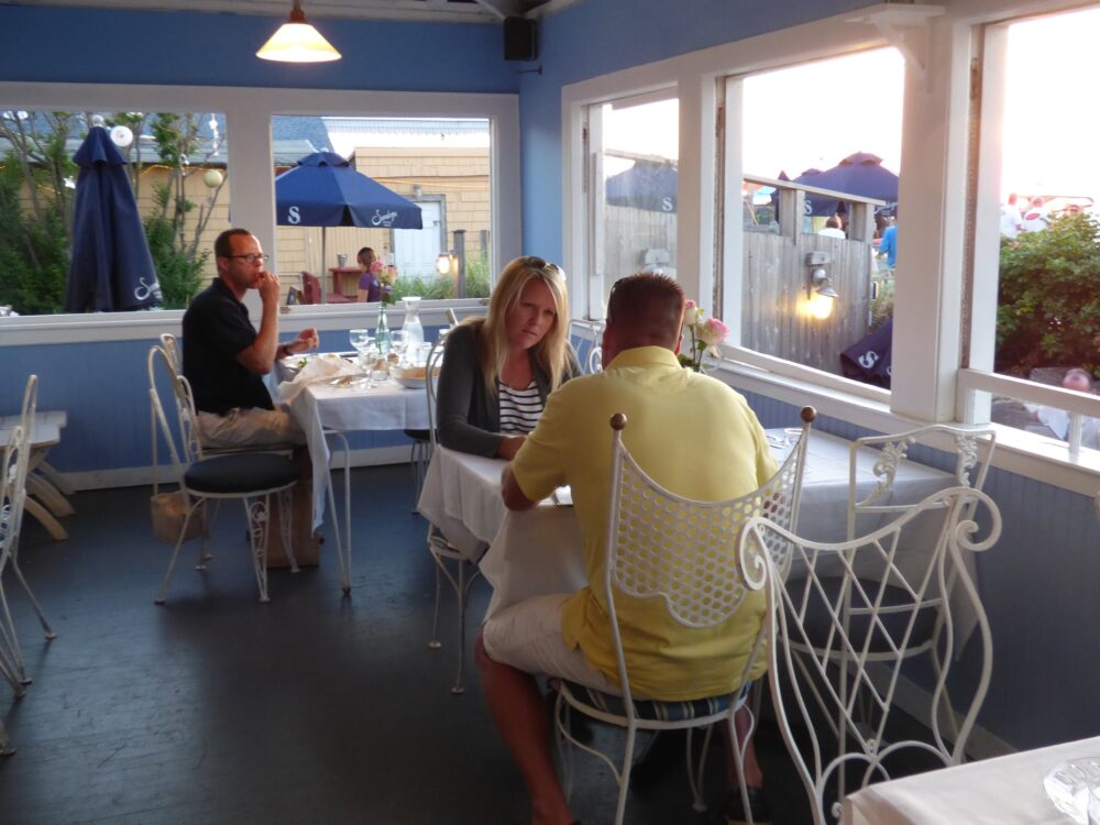 Hideaway - plesent dining surroundings inside and out