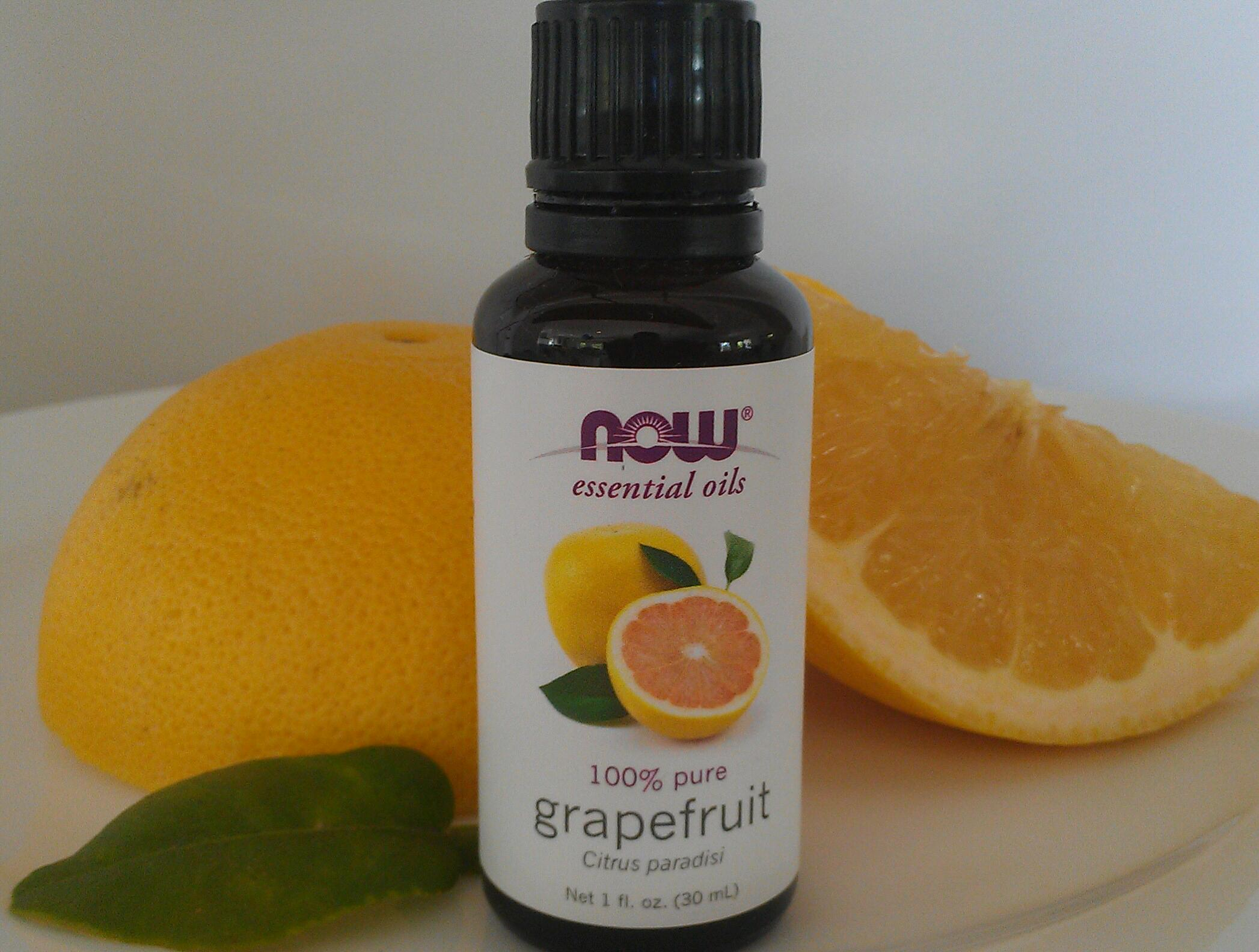 Squash Hunger & Lose Weight by Smelling Grapefruit Essential Oil, Not Lavender