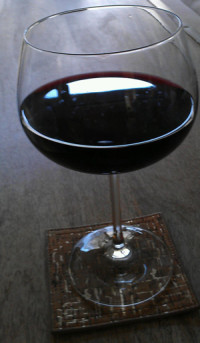 Red wine contains about six times as much resveratrol as white wine. 1.89 mg/glass to be exact. Photo © Karen Peltier and WellGal