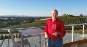 tommy hensel solo travel wine tasting