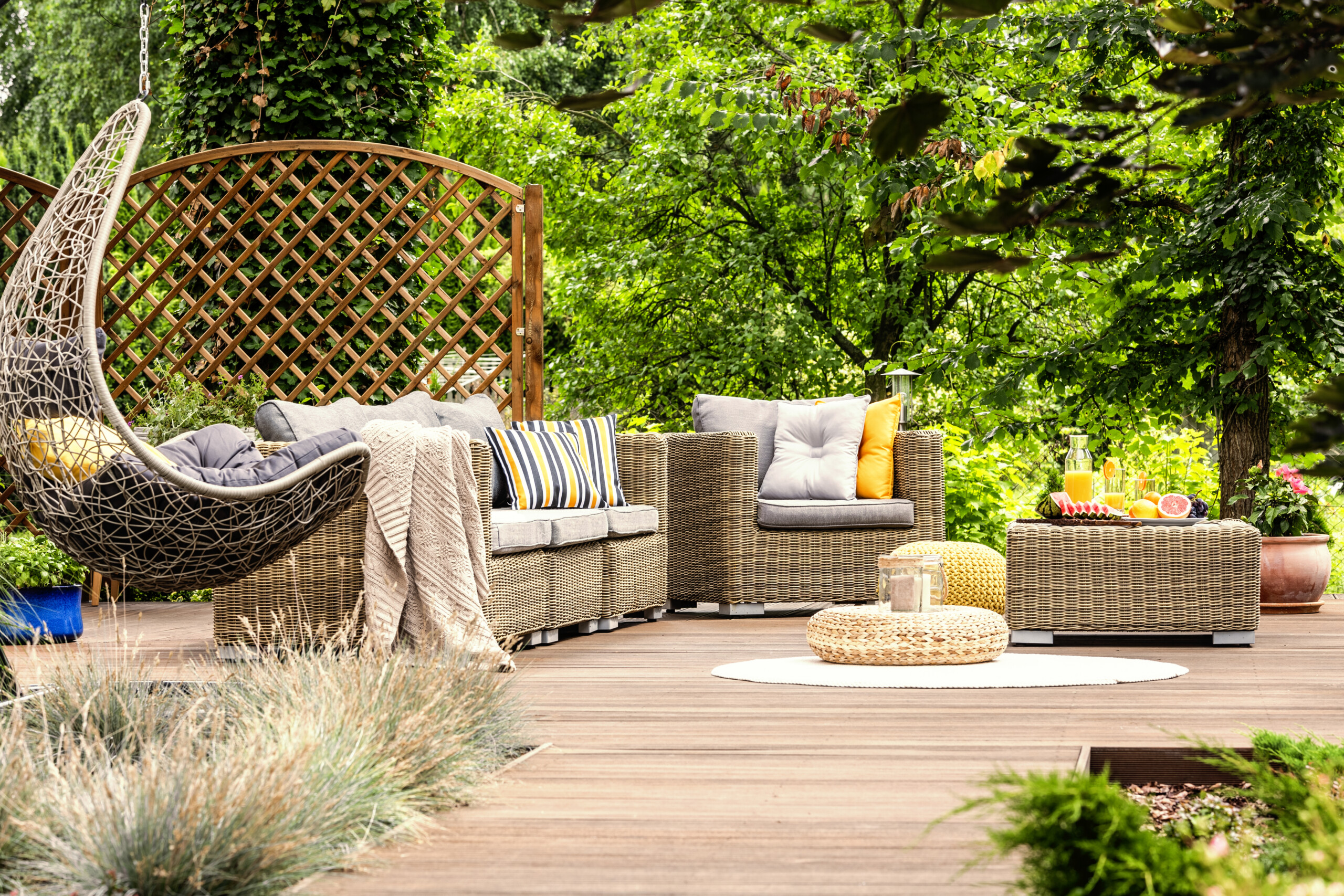 Staying In is Going Out: The 2020 Outdoor Living Room Trend